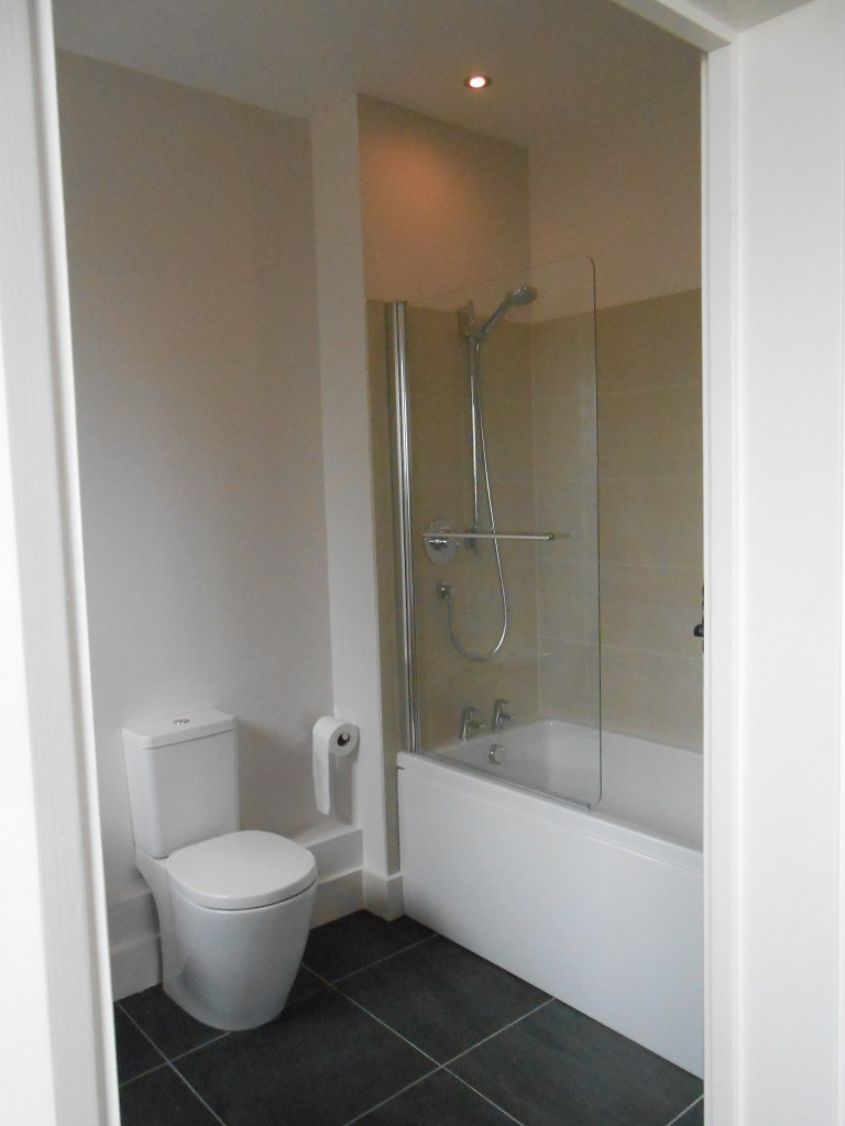 The Parlour - Ensuite in Master Bedroom